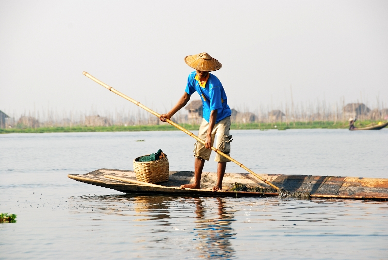 inle_20120309_257
