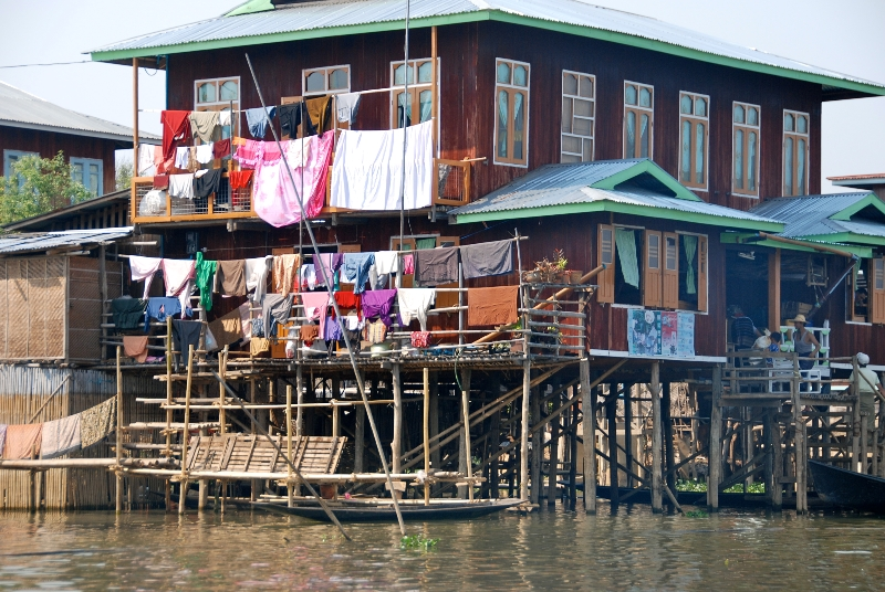inle_20120309_543