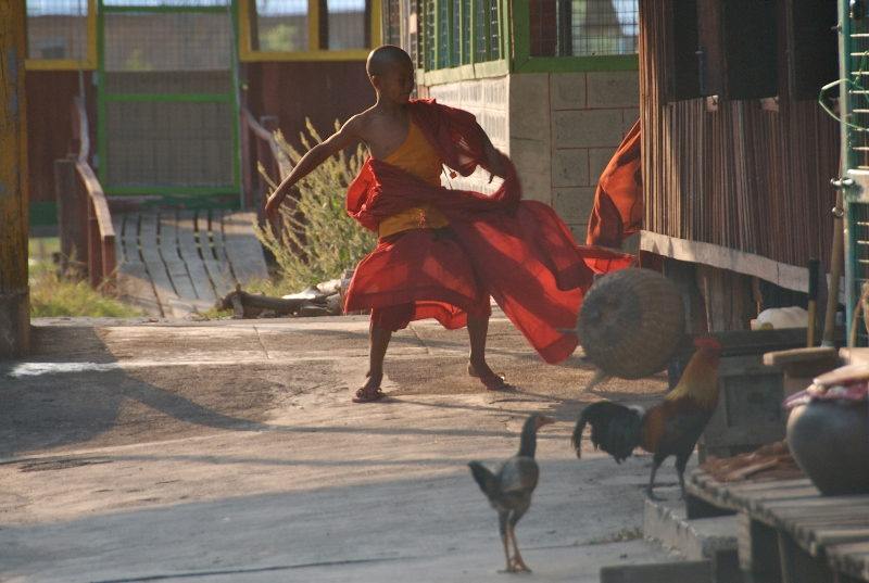 inle_20120308_219_2