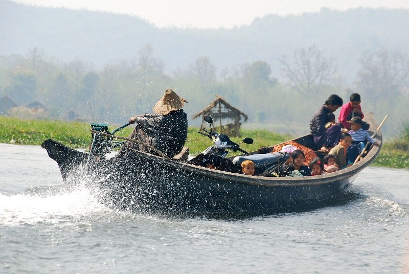 inle_20120309_409