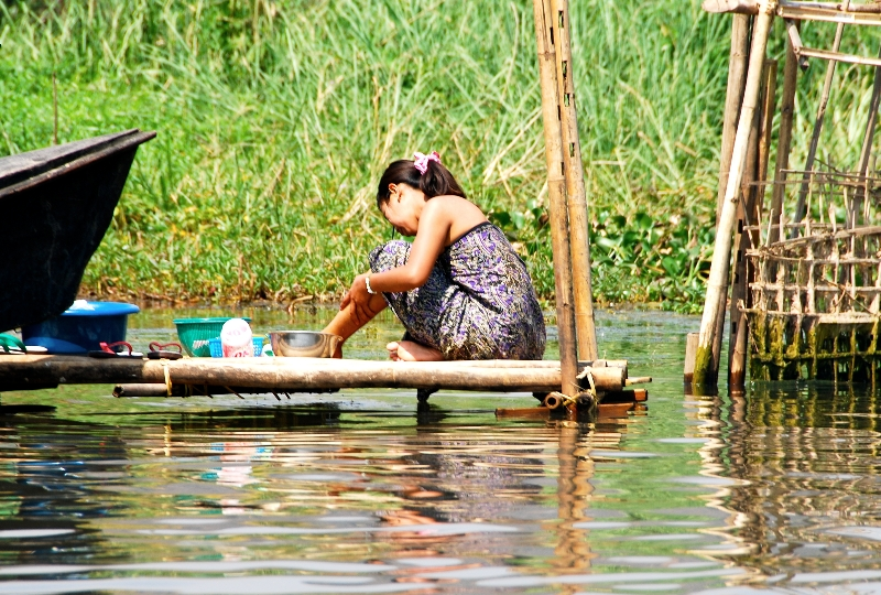 inle_20120309_470
